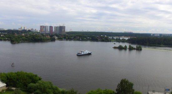 Прогулка по Москва реке с обзорной экскурсией
